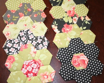 12 Fig Tree Quilts Hexagon Flowers English Paper Piecing