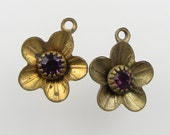 Vintage Swarovski Rhinestone Amethyst Flower Charm Brass Setting Bead Drop Metal Finding uvf0692 (2)