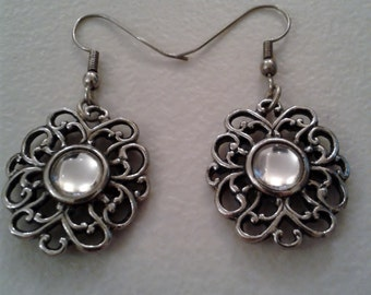 Earrings - Vintage Filigree Earrings with Clear Cabachon