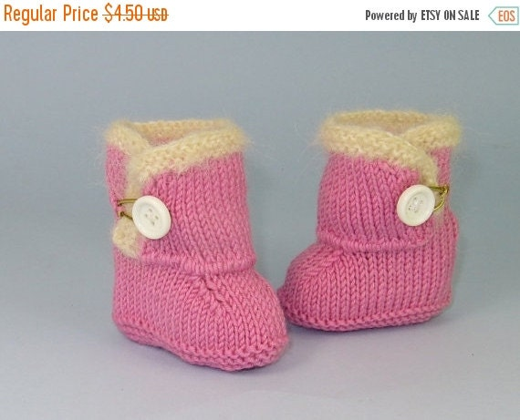 SALE 30% OFF Knitting Pattern PDF Digital File Download-Baby Fur Trim One Button booties (Boots) knitting pattern-