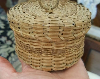Small Northern Maine Vintage Native Made Basket from Rustysecrets