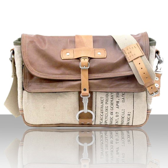 Trendy Leather Messenger Bag // Handmade & Upcycled by peace4you, GERMANY // Model paul-2065 ( multiple options )