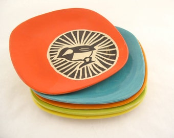Chickadee Circle Plate - Persimmon Orange