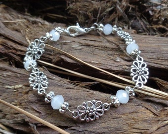 White and Silver Bracelet - Handcrafted - 7194