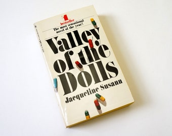 Valley of the Dolls by Jacqueline Susann 1967 VGC Pb / Heartbreak, Addiction, and Tragedy / Vintage Fiction Book