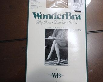 60s Wonder Bra Linen Silky Sheer Nylon pantyhose  Size A 20 Deniers