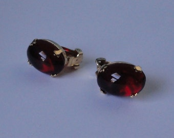 Vintage SCHREINER New York Gold Tone with Red Oval Cabochon Glass Earrings.