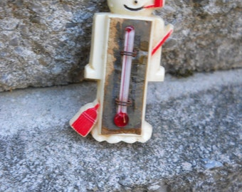 Snowman Pin Brooch 1940s Plastic with Thermometer