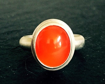 Carnelian & Sterling Silver Oval Ring