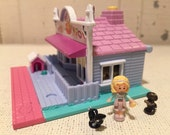 Vintage Pollyville pet store - complete