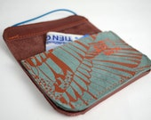 Wallet of brown and green leather with screenprint