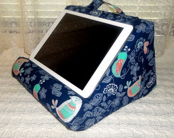 Lap Reading Stand / Padded / Soft / Like a Cloud On Your Lap / Hands Free Reading / The ReadCliner