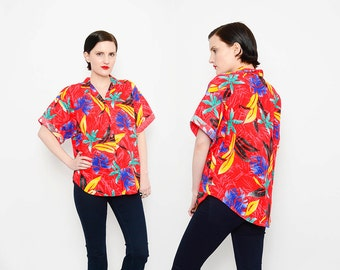 BOLD 80s Red Hawaiian Top Leaf Print Short Sleeve 1980s Tropical Vacation Button Up Cotton Shirt Small Medium S M