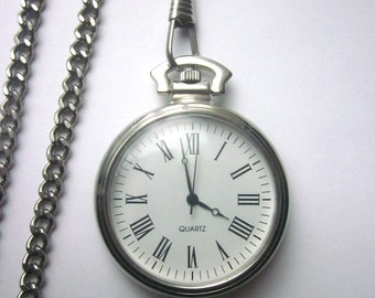 Quartz Vintage Pocket Watch Functioning Watch with chain