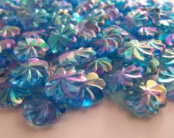 FREE SHIPPING - 26 pcs Iridescent Flower Shape Acrylic Beads (#1322)