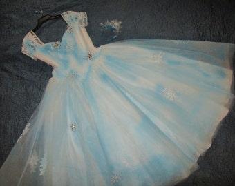 Frozen dress Elsa costume winter princess womens size 10 snowflakes white aqua tulle costume rhinestone accents unique recycled wedding