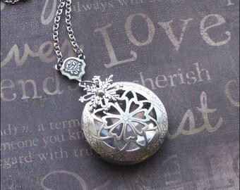 Snowflake Scent Locket, Locket Necklace, Aromatherapy Jewelry, Snowflake Necklace, Silver Scent Locket, Engraved Locket, Wedding Gift, SNOW