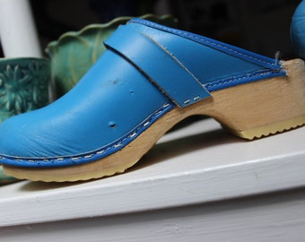 Wooden Clogs Blue Leather Swedish Women's size 36 VINTAGE by Plantdreaming