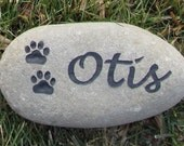 Personalized Pet Memorial Stone 5-6 Inch Burial Stone Grave Marker for Dog or Cat with Paw Prints