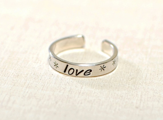 Dainty silver toe ring with love - Solid 925 sterling silver TR832