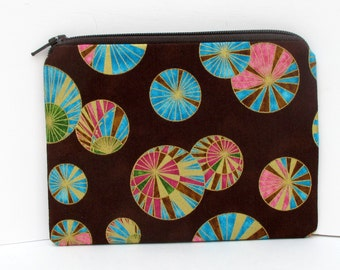 Small Zipper Pouch, Asian Parasols on Brown, Coin Purse