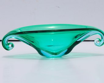 Vintage Mid Century Modern Green and Blue Sommerso Murano Art Glass Console Bowl