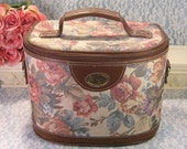 Vintage Gloria Vanderbilt Cosmetic Carry On Make Up Case, Luggage, Suitcase, Train Case, Ladies Rose Tapestry Travel Case, 1970s Mid Century