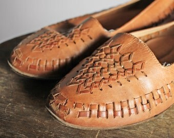 Vintage Woven Leather Flats- Brown Loafers Flat Pointed Slip On Shoe Summer Braided- Size 9 Wide