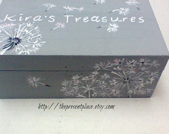 personalized,keepsake box,gray,grey,white,pink,dandelions,girl's memory box,baby's keepsake box,personalized  baby gift,dandelion keepsake