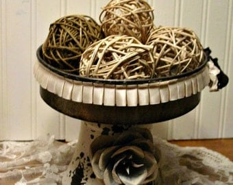 Rustic Cake Stand - Metal Rose - Farmhouse Home Decor - Pedestal Cake Stand - Distressed Metal Stand