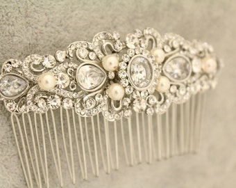 Bridal hair comb pearl,Wedding hair comb Rhinestone and pearl Bridal comb,Wedding hair accessories,Wedding comb pearl,Wedding hair jewelry