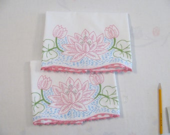 Vintage Pair of Pillowcases w/ Water Lily / Lotus Design in Hand Embroidery - Like New -