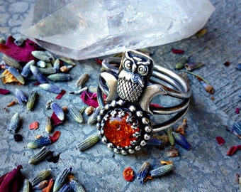 HALLOWEEN SALE - Autumn Moon Sterling Silver and Baltic Amber Handcrafted Ring - Size 8.5 - Owl - MoonTriple Witch - Witchy - Goth - Goddess