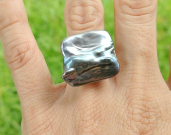Oil Slick Pearlized Ring