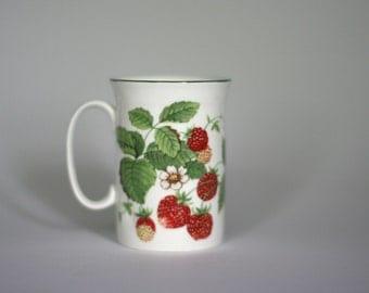 vintage roy kirkham strawberry fruit garden coffee mug made in england