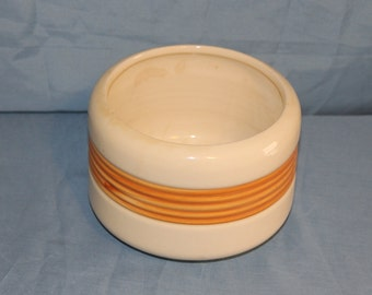 Vintage Haeger Pottery #226 Planter, Item D170