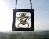 Stained glass - Tiny Bee!   Suncatcher, home decor