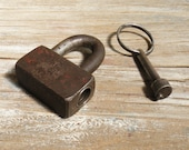 Vintage Working Padlock -  Old Padlock  (N-83)
