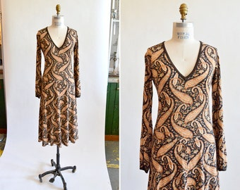 Vintage 1970s PAISLEY print jersey dress