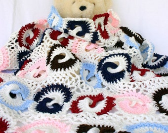 Crochet afghan interlocking rings white navy blue burgundy red pink lace throw scrap yarn lap blanket couch bedding geometric home decor