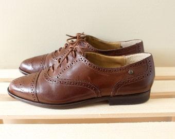 vintage shoes oxfords 80s etienne aigner brown leather lace 1980s size 7