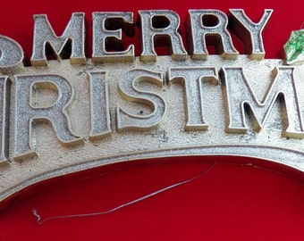 Vintage Glitter Merry Christmas Sign, Retro Holiday Greeting Plastic Plaque with Holly