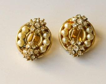 Pearl and Rhinestone Earrings Vintage Faux Pearl Bridal Earrings Clip On Earrings