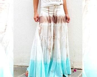 Tie-dye Maxi Skirt.