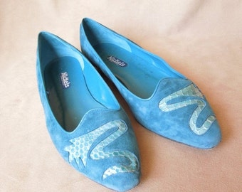 MOVING SALE Suede 80's Flats, Teal Green Blue, Snake Design, by Nickels, Size 8