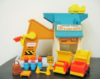 Vintage Fisher Price Lift and Load Depot