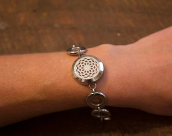 Essential Oil Diffuser Bracelet Filigree Locket with a full set of 12 wool felt pads Stainless Steal