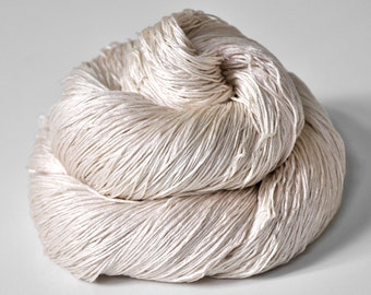 Fading red rose - Silk Lace Yarn