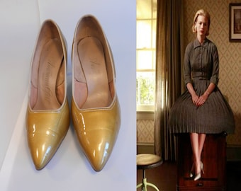 The Get Away Affair - Vintage 1950s Muted Mustard Gold Patent Leather Stilettos - 7 1/2 B