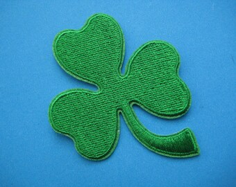 Iron-on Embroidered Patch Clover 3 inch